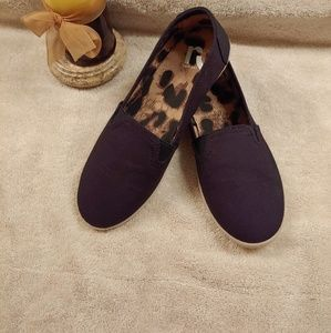 Report Jelly Canvas Flats